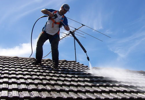 How To Clean Roof Tiles With A High-Pressure Cleaner In Pretoria